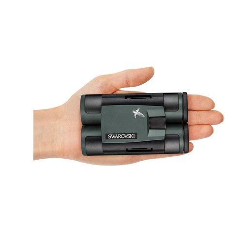 دوربین دوچشمی جیبی زاواروسکی Swarovski CL Pocket 10x25 کف یک دست