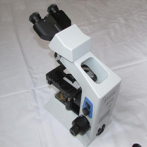نمای پشت میکروسکوپ بیولوژی 1600 برابر حرفه ای طرح المپیوس CX21
