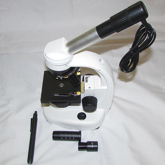 نمای نحوه اتصال دوربین دیجیتال 0.7 مگاپیکسلی به میکروسکوپ دانش آموزی XSP44